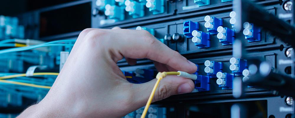 社内のネットワーク/サーバ担当不足の解消